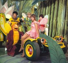 In the 1970s kids shows became totally far out in both style and subject matter, full of psychedelic characters and imagery that must've felt just right to the offspring of the Flower Power generation.Here's a collection of ten kid oriented TV shows from the 70s, which is nowhere near exhaustive and is purposely lacking obvious shows like Sesame Street and The Elecric Company.As you peruse the list you'll see the name of two siblings come up on this list many times with good reason- Sid…