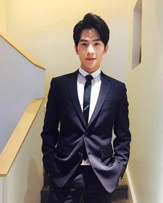 LE COSTUME D'HIER est-ce que vous avez aimé?  #杨洋 #杨洋icon #yangyang #yangyangicon #ChristianDior