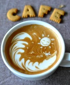 .·:*¨¨*:·.Coffee♥Art.·:*¨¨*:·.  Sun & surf #latte #coffee by ©KK
