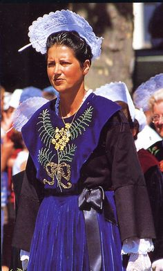The costume of the Island of Groix, in the Lorient region.