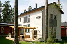 An urban log home, Finland. #Honka