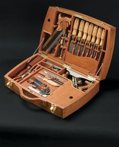 THE BEST TOOL BOX DESIGN - by a1Jim @ LumberJocks.com ~ woodworking community