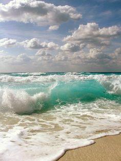 La mer - la couleur originale aigue marine