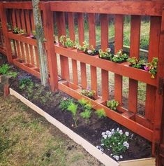 Wooden Pallet If you are looking for affordable ways to build a new fence for your yard or garden you should try pallet fencing. - If you are looking for affordable ways to build a new fence for your yard or garden you should try pallet fencing.