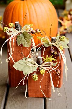 so cute! im not crafty enough to make my own decorations....Primitive Fall Wood Pumpkins by kpCottage on Etsy, $20.00