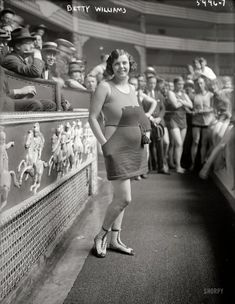 """July 5, 1921. New York. """"Betty Williams, Broadway Whirl Girl."""" A chorus girl in """"The Broadway Whirl,"""" a musical comedy revue at the Times Square Theatre. Whirl Girl: 1921"""
