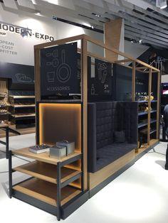 That was the Euroshop Here we show you selected retail design ideas. Design Shop, Kiosk Design, Showroom Design, Booth Design, Design Ideas, Retail Store Design, Retail Shop, Shop Fittings, Tents