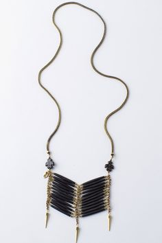 ☆  http://www.spelldesigns.com/shop/eagle-tribe-breastplate-necklace-black-bull-horn/