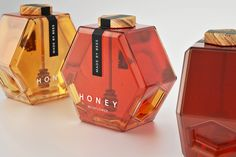 2015 CWWWR AWARD WINNER: 2nd PLACE, DAIRY, SPICES, OILS, SAUCES, CONDIMENTS - Hexagon Honey — The Dieline - Branding & Packaging