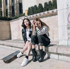 Korean Fashion – How to Dress up Korean Style – Designer Fashion Tips Korea Fashion, Asian Fashion, Look Fashion, Girl Fashion, Fashion Outfits, Ulzzang Fashion, Ulzzang Girl, Korean Girl, Asian Girl