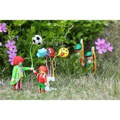 . . Setting the wrong target  잘못된 목표 설정 . . 플모닝~ 날씨가 여름 날씨네요. 에버랜드 가고 싶어요. 즐거운 주말되세요^^ 2015. 5. 1 . . #PLAYMOBIL #playmo #toyphotogallery #plmorning #clown #balloon #RobinHood #canonimagestorming #canonkr #canon #5d #5dmark3 #플레이모빌 #플모 #플모그래피 #삐에로 #벌룬 #풍선 #어린이 의 #꿈 과 #희망 #지켜주세요 #로빈훗