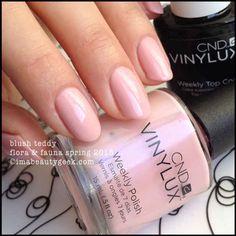 cnd vinylux blush teddy