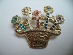 STUNNING ESTATE GOLD TONE GLITTER ENAMEL FLOWER BASKET BROOCH!!! LOT 1543N