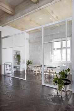 Ud over chic mødelokale. Stella Collective & # s eget studie i Melbourne . Office Interior Design, Home Office Decor, Office Interiors, Home Decor, Office Designs, Office Ideas, Studio Interior, Design Studio Office, Interior Ideas