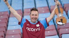 Nigel Kennedy is a committed Aston Villa fan ... Get your FREE DOWNLOAD of the SportsQuest app at www.sportsquestapp.com @SportsQuestApp