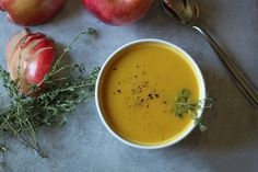 Butternut Squash Soup with Apple and Fresh Thyme- absolutely yummy. #butternutsquashsoup