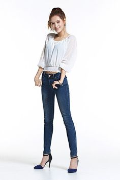 """RAINBOW""""s Jaekyung Endorses Earl Jeans   Koogle TV"""
