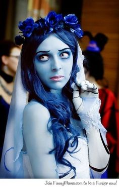 corpse bride was one of the images mariella mentioned to me. This is a literal interpretation of the character. I like the way the skin is an iridescent blue.