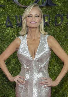 Kristin Chenowith - Best Hairstyles of the 2015 Tony Awards