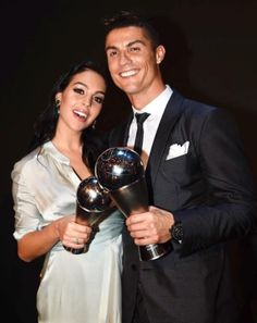 Cristiano Ronaldo's wife, name, age, children, pics ( Georgina Rodriguez ) Cristiano Ronaldo 7, Ronaldo Madrid, Real Madrid, World Best Football Player, Football Players, Christiano Ronaldo Wife, Cristiano Ronaldo Hd Wallpapers, Cr7 Junior, Ronaldo Photos