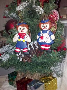 Vintage Ceramic Ornament Raggedy Ann and Andy by RCEastman on Etsy, $9.00