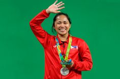 Praise poured in for Filipina weightlifter Hidilyn Diaz after she ended the Philippines' 20-year medal drought in the Olympic Games with a…