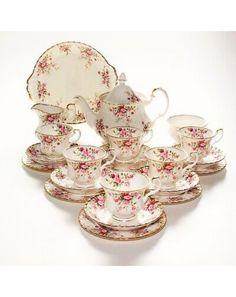 Victorian Tea Sets, Antique Tea Sets, Tea Sets Vintage, Vintage Teapots, Vintage Antiques, Tea Sets For Sale, China Tea Sets, Bone China Tea Cups, Tea Pot Set