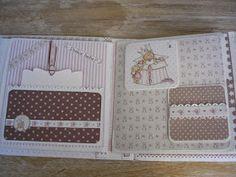 En el desvan con Luxyxana: Album Scrap Bebe Mini Albums Scrap, Mini Scrapbook Albums, Scrapbook Pages, Diy Crafts For Girls, Arts And Crafts, Scrapbook Bebe, Baby Mini Album, Book Binding, Mini Books