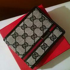 Wallet Men Gucci wallet Gucci Accessories Gucci Wallet, Gucci Accessories, Bags, Men, Handbags, Guys, Bag, Totes, Hand Bags