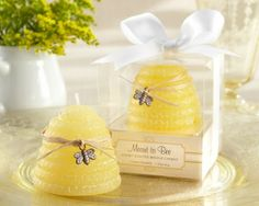 Yellow candle wedding favors