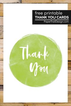 Simple yet cute thank you cards to print for free to express your gratitude to friends or family. #papertraildesign #thankyoucards #freeptintables #printablecards