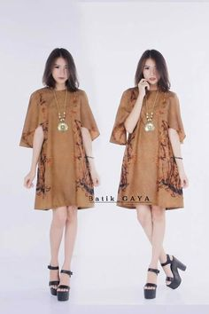 All about Batik Blouse Batik, Batik Dress, Kimono, Plus Dresses, Simple Dresses, Traditional Fashion, Traditional Outfits, Mode Batik, Batik Solo