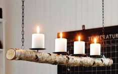 This beautiful candle chandelier will hang your house a warm and rustic elegance. Hanging Candle Chandelier, Branch Chandelier, Candle Lanterns, Pillar Candles, Outdoor Chandelier, Support Bougie, Nautical Candles, Wood Crafts, Diy And Crafts