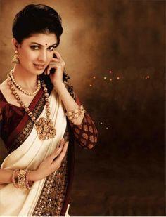 kerala wedding saree Indian Wedding Jewelry, Indian Bridal, Bridal Jewelry, Kerala Wedding Saree, Saree Wedding, South Asian Bride, Bridal Style, Wedding Accessories, Diamond Cuts