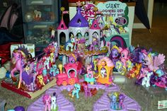 Free, My Little Pony toys! I probobly have this many, but not all the sam. printable coloring book pages, connect the dot pages and color by numbers pages for kids. My Little Pony Dolls, My Little Pony Cake, My Little Pony Birthday Party, My Little Girl, Cumple My Little Pony, Sparkle Pony, My Little Pony Collection, Hello Kitty Items, Cartoon Coloring Pages