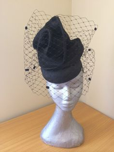 Racquel by LEAH CASSIDY #millinery #HatAcademy #hats