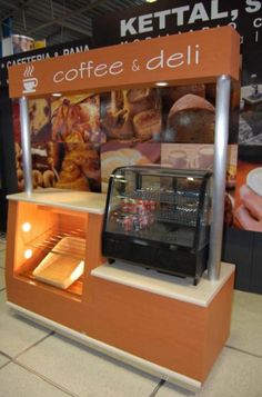 Mostrador Coffee & Deli, mod.1071 Bakery Cafe, Cafe Restaurant, Cupcake Shop Interior, Mini Cafeteria, Food Cart Design, Food Kiosk, How To Cook Burgers, Kiosk Design, Food Stands