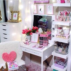 Small fabulous vanity