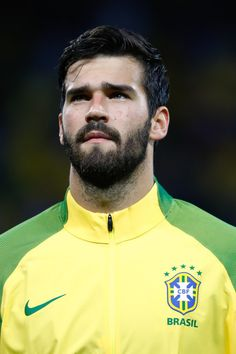 Alisson Photos - Alisson of Brazil looks on before a match between Brazil and Paraguay as part of 2018 FIFA World Cup Russia Qualifier at Arena Corinthians on March 2017 in Sao Paulo, Brazil. - Brazil v Paraguay - 2018 FIFA World Cup Russia Qualifier Brazil Football Team, National Football Teams, Football Soccer, Alison Becker, Football Hairstyles, Fc Liverpool, European Soccer, Neymar Jr, Fifa World Cup