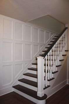 9 Wonderful Useful Ideas: Painted Wainscoting Dining Room dark wainscoting subway tiles.Types Of Wainscoting Kitchen Cabinets wainscoting staircase wide plank.Wainscoting Stairwell Board And Batten. Traditional Staircase, Stairway Walls, Foyer Decorating, Stair Walls, Stair Wall Decor, Wainscoting Bedroom, Staircase Design, Dining Room Wainscoting, Wainscoting Stairs