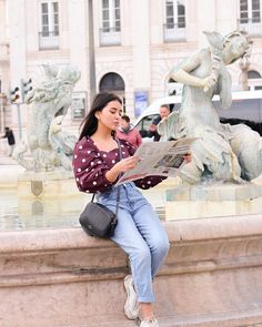 Sophie Giraldo, Dress Outfits, Casual Outfits, Dresses, Sophisticated Outfits, Mom Jeans, Zara, Hipster, Poses