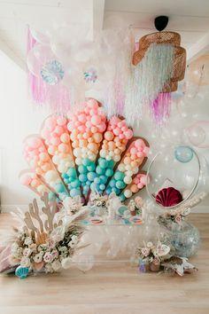 6th Birthday Parties, Themed Parties, Birthday Fun, Second Birthday Ideas, Baby Girl First Birthday, Mermaid Party Decorations, Birthday Party Decorations, Mermaid Theme Birthday, Baby Kind
