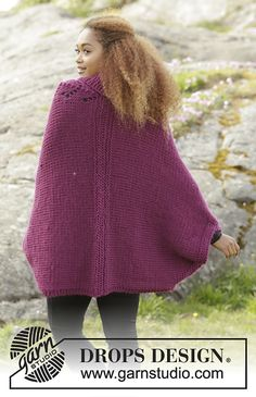 """Knitted DROPS jacket with lace pattern and shawl collar in """"Eskimo"""". Size: S - XXXL. Free pattern by DROPS Design. Poncho Knitting Patterns, Free Knitting, Knitted Poncho, Knitted Shawls, Drops Design, Magazine Drops, Collar Designs, Sweater Design, Knit Fashion"""