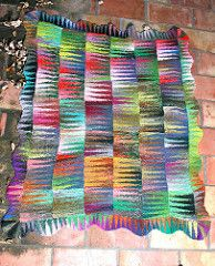 Pennants Afghan pattern by Lisa Dusseault