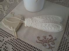 Cigale en boutis - miniatures et petits objets - les petits fils de Marie - Fait Maison