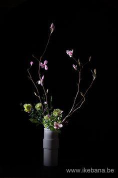 Nageire floral arrangement - Florist Ilse Beunen