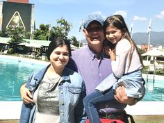 With my daughters Isabella and Christel in the Intercontinental Tamanaco Hotel- Caracas - Venezuela Marcel, Kingdom Of Heaven, My Photos, Couple Photos, Light Of The World, Creativity And Innovation, To My Daughter, Daughters, Human Mind