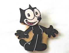 Animal-Themed Baked Goods: Felix the Cat  Courtesy of Susanna Caliendo of Rolling Pin Productions