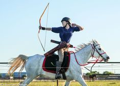 Gracie Waymer is a mounted archer based in Texas. She and her horse, Diana, a Egyptian Arabian, train and compete in the sport, and now Gracie is getting ready to compete in the world championships in South Korea! Horse Pictures, Art Pictures, Indoor Archery Range, Field Archery, Mounted Archery, Cowboy Action Shooting, Trick Riding, Arrow Drawing, Traditional Archery