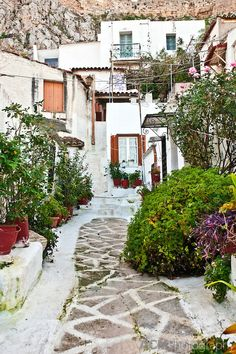 #Anafiotika is the most picturesque #neighborhood in legendary #Athens ~Sweet Attica